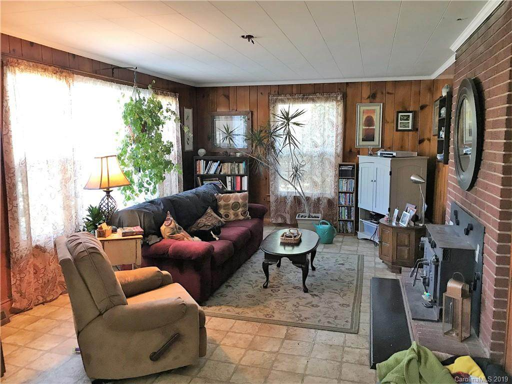 2124 Aspen Street, Lincolnton, NC 28092 (#3475793) :: Mossy Oak Properties Land and Luxury