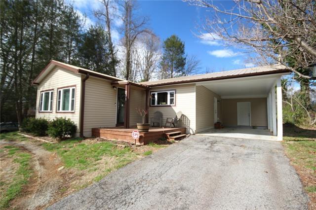 211 Lyndon Lane, Hendersonville, NC 28792 (#3475822) :: Cloninger Properties