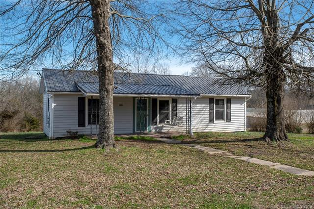 5055 Rocky River Road, Concord, NC 28025 (#3475881) :: Caulder Realty and Land Co.