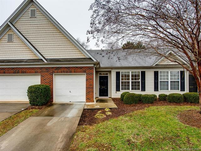 4514 Glenlea Commons Drive, Charlotte, NC 28216 (#3476056) :: LePage Johnson Realty Group, LLC