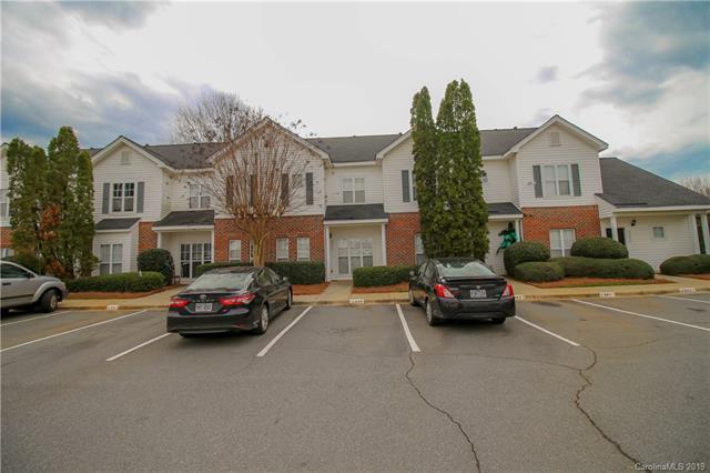 6345 Mallard View Lane, Charlotte, NC 28269 (#3476092) :: MartinGroup Properties