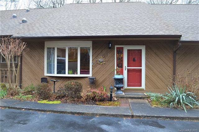 26 Pencross Circle #207, Etowah, NC 28729 (#3476122) :: Puma & Associates Realty Inc.