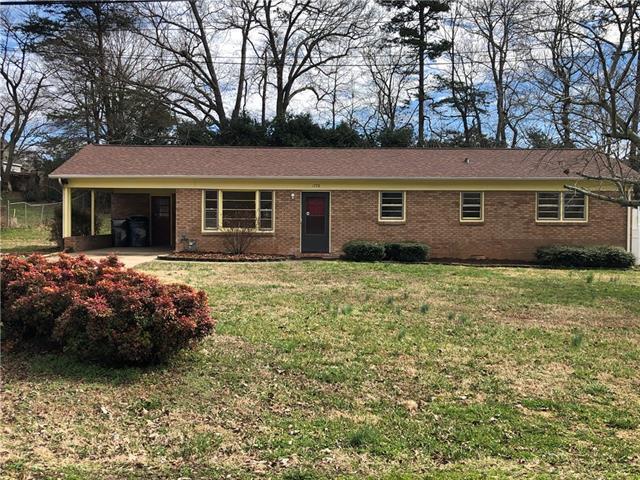 1778 26th Street NE, Hickory, NC 28601 (#3476321) :: High Performance Real Estate Advisors