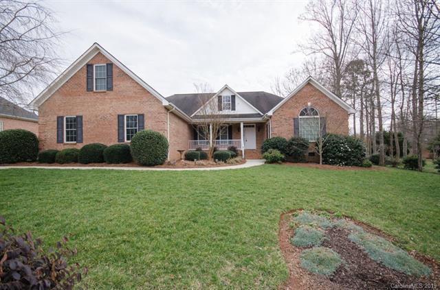 2878 Woodfield Lane, Lincolnton, NC 28092 (#3476323) :: Mossy Oak Properties Land and Luxury