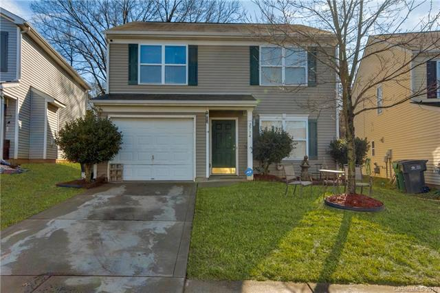 2734 Cochrane Drive, Charlotte, NC 28269 (#3476386) :: Homes Charlotte