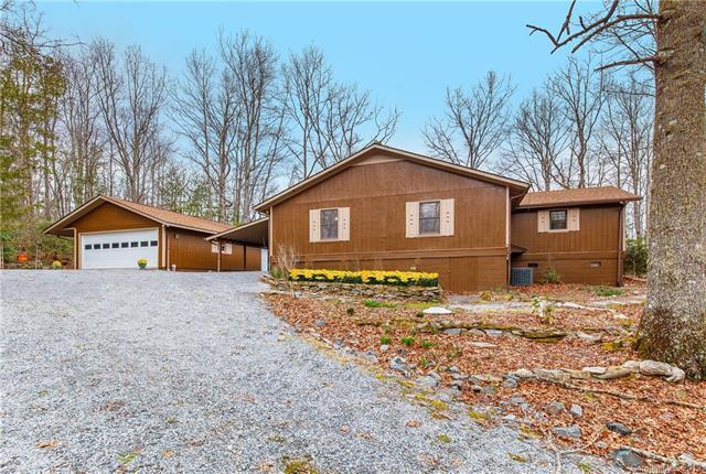 1268 Sequoyah Woods Drive, Brevard, NC 28712 (#3476541) :: Homes Charlotte