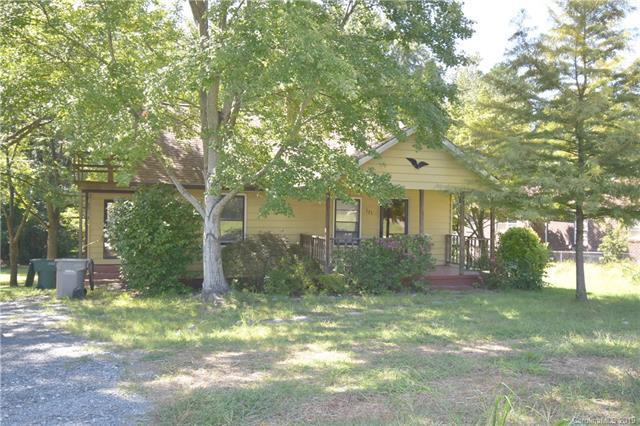 321 S Myrtle School Road, Gastonia, NC 28052 (#3476558) :: Exit Mountain Realty