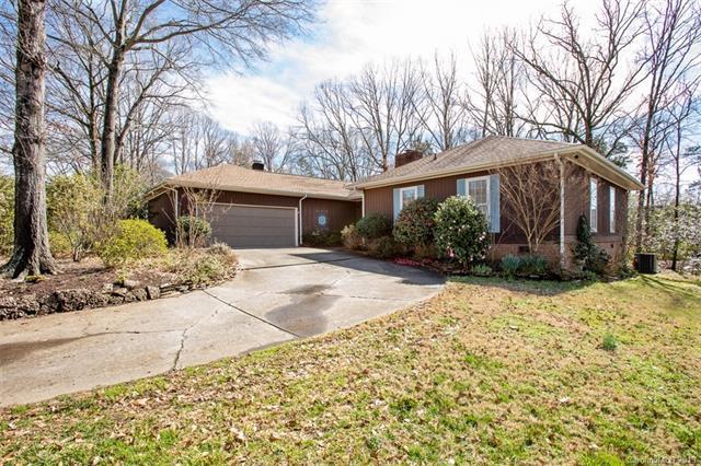 2433 Lynbridge Drive, Charlotte, NC 28270 (#3476728) :: Homes Charlotte