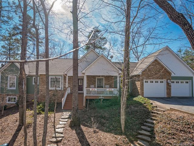 658 S Cove Road, Mill Spring, NC 28756 (#3476755) :: Rowena Patton's All-Star Powerhouse