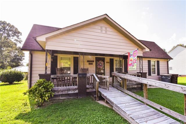 533 Bostian Avenue, Kannapolis, NC 28083 (#3476806) :: SearchCharlotte.com