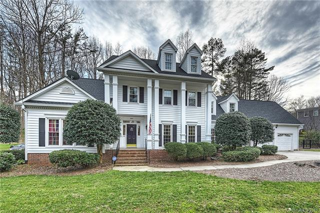 4912 Dayspring Drive, Mint Hill, NC 28227 (#3477085) :: Odell Realty