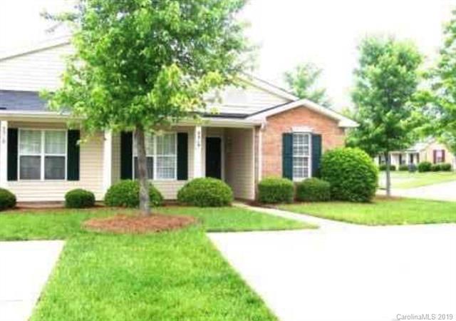 5319 Harris Cove Drive, Charlotte, NC 28269 (#3477263) :: LePage Johnson Realty Group, LLC