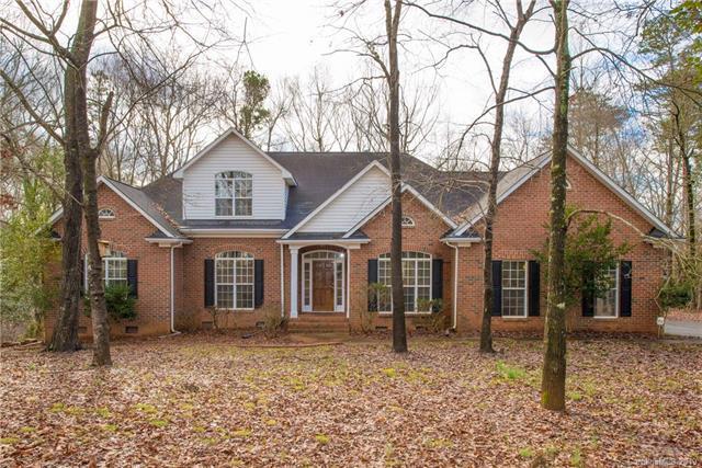 6420 Waters Edge Drive, Midland, NC 28107 (#3477395) :: Washburn Real Estate