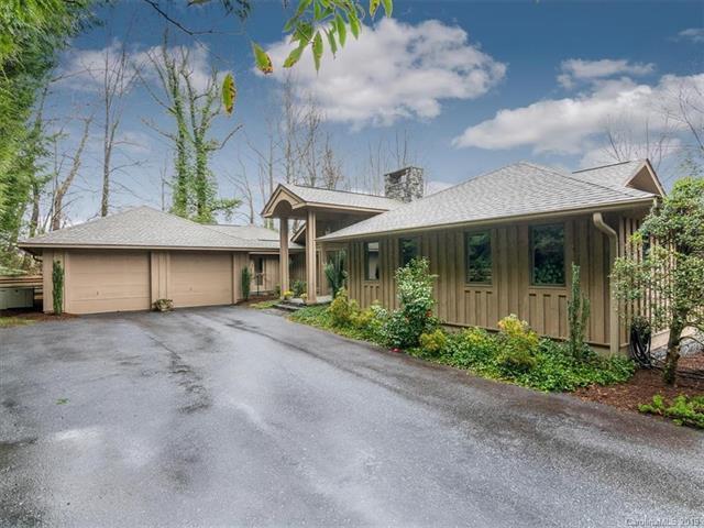 205 Pheasant Run, Hendersonville, NC 28739 (#3477526) :: Exit Realty Vistas