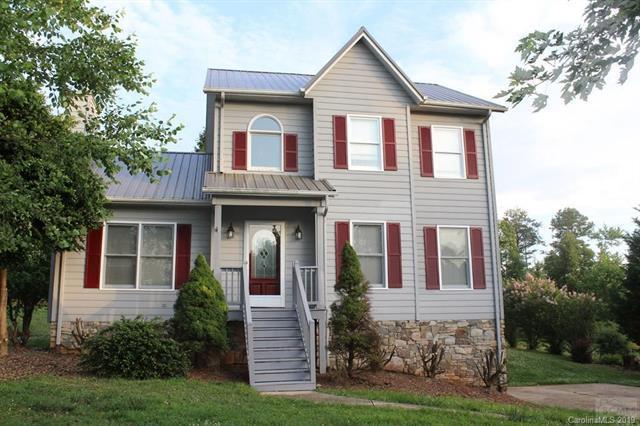 5315 Winding Oak Drive, Hickory, NC 28602 (#3477689) :: Homes Charlotte
