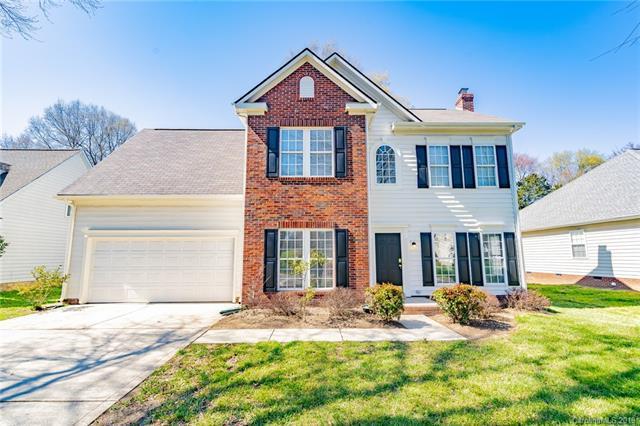 9020 Blueshot Court, Charlotte, NC 28273 (#3477727) :: Washburn Real Estate
