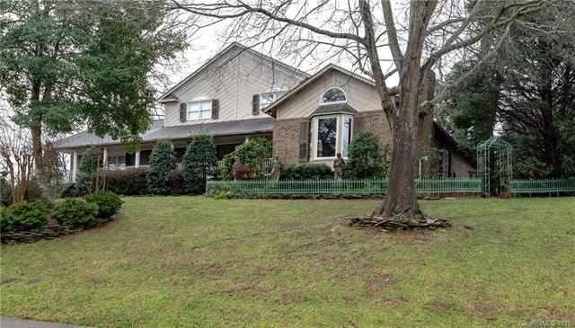 409 44th Ave Drive NW, Hickory, NC 28601 (#3477774) :: Cloninger Properties