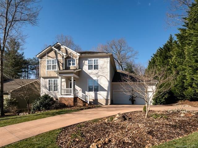 208 Fennel Dun Circle, Biltmore Lake, NC 28715 (#3478024) :: Johnson Property Group - Keller Williams