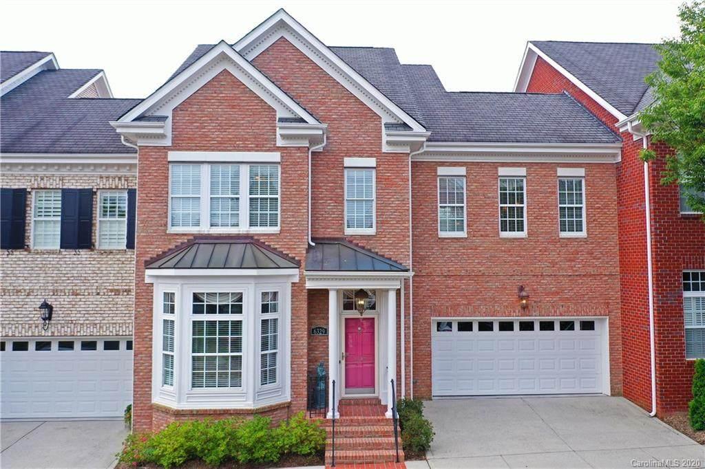 6329 Wakehurst Road, Charlotte, NC 28226 (#3478212) :: Homes Charlotte