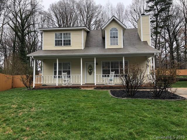 7137 Misty Morn Drive, Charlotte, NC 28215 (#3478315) :: Homes Charlotte