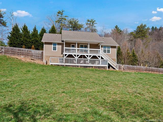 503 Hideaway Drive, Canton, NC 28716 (#3478928) :: Puffer Properties