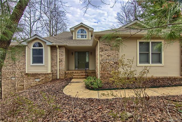 319 E Shay Circle, Hendersonville, NC 28791 (#3479222) :: LePage Johnson Realty Group, LLC