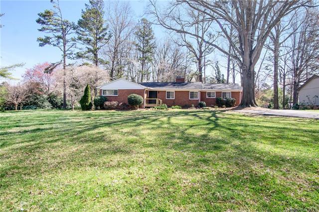 6604 Williams Road J, Charlotte, NC 28215 (#3479306) :: Cloninger Properties