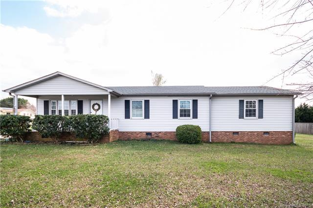 2075 London Road, Mooresville, NC 28115 (#3479328) :: LePage Johnson Realty Group, LLC