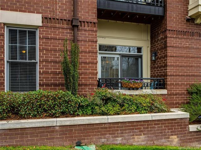 773 Garden District Drive #5104, Charlotte, NC 28202 (#3479788) :: Odell Realty
