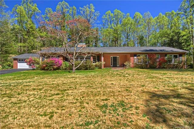 102 Glengary Drive, Flat Rock, NC 28731 (#3479833) :: Exit Mountain Realty