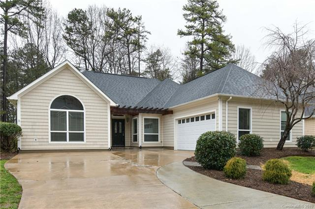 9131 Brightleaf Place, Charlotte, NC 28269 (#3479905) :: The Ramsey Group