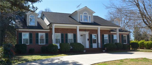 437 Summit Avenue, Statesville, NC 28677 (#3479919) :: LePage Johnson Realty Group, LLC
