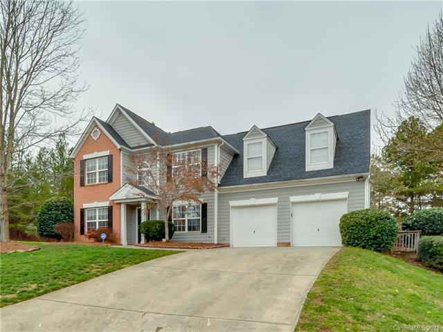 11539 Leigh Glen Circle, Charlotte, NC 28269 (#3480180) :: Team Honeycutt
