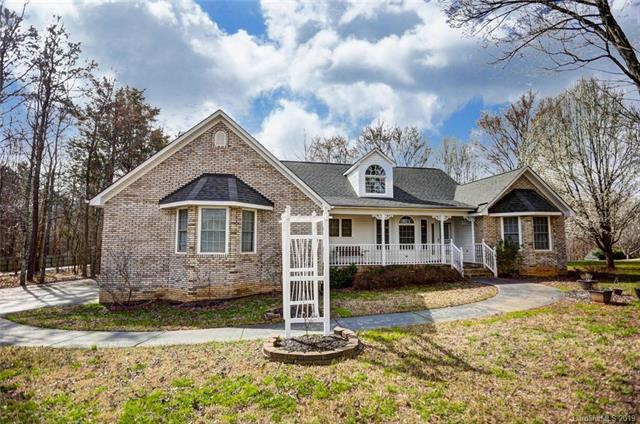 4716 Pond Landing Court, Concord, NC 28025 (#3480197) :: The Premier Team at RE/MAX Executive Realty