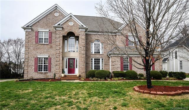 11017 Fountaingrove Drive, Charlotte, NC 28262 (#3480330) :: Exit Mountain Realty