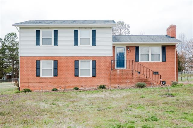 240 Deerfield Drive, Mooresville, NC 28115 (#3480471) :: LePage Johnson Realty Group, LLC