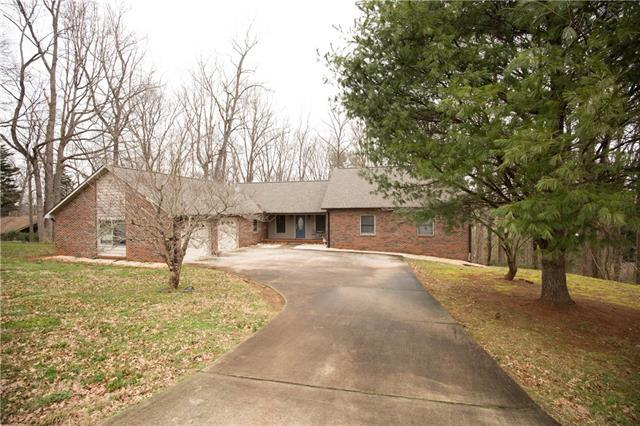 3774 Ridge Drive NE, Conover, NC 28613 (#3480593) :: LePage Johnson Realty Group, LLC