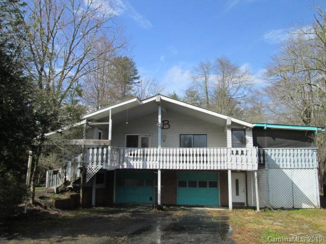 17 Foxfire Lane, Hendersonville, NC 28739 (#3480841) :: Robert Greene Real Estate, Inc.