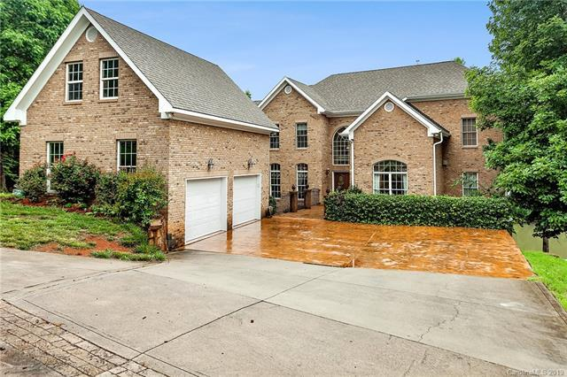 9938 Saw Mill Road, Charlotte, NC 28278 (#3481225) :: Francis Real Estate