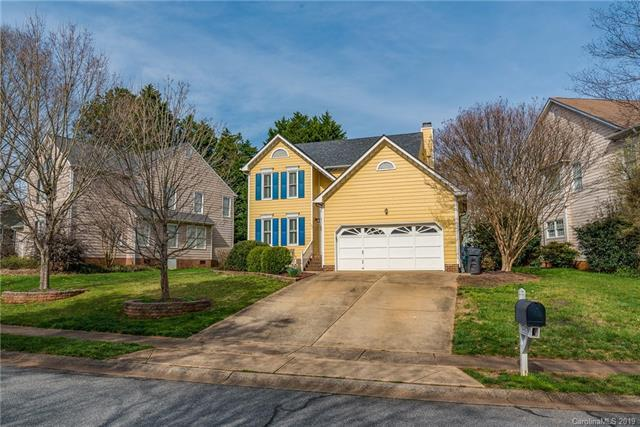 4812 Fortunes Ridge Trail, Charlotte, NC 28269 (#3481601) :: The Ramsey Group