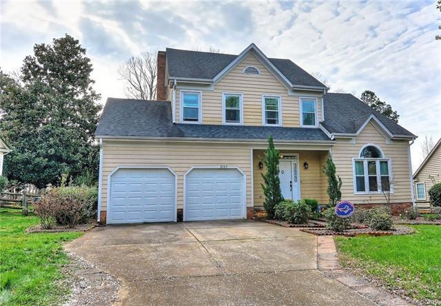 8727 Tamarron Drive, Charlotte, NC 28277 (#3481938) :: Charlotte Home Experts