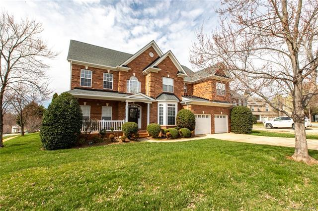 1216 Dunblane Court, Charlotte, NC 28269 (#3482359) :: Scarlett Real Estate