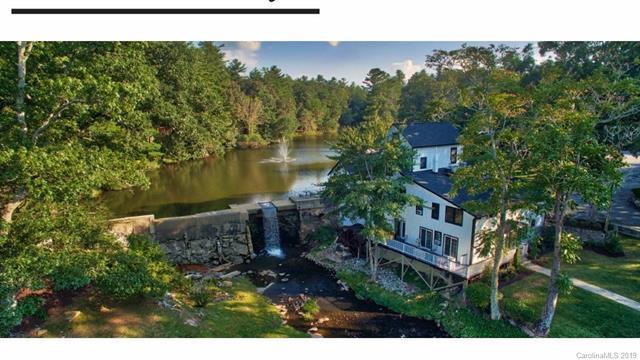 1150 W Blue Ridge Road Jordan Lodge 23, East Flat Rock, NC 28731 (#3482410) :: Zanthia Hastings Team