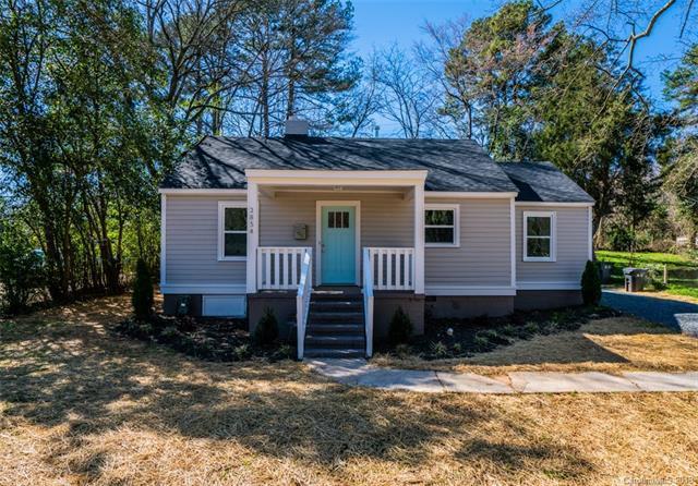 2854 Mayflower Road, Charlotte, NC 28208 (#3482580) :: Rinehart Realty