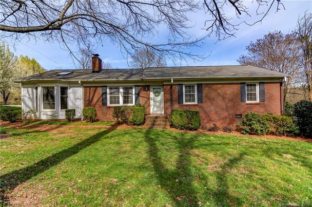 1032 Mineral Springs Road, Charlotte, NC 28262 (#3482819) :: Nest Realty