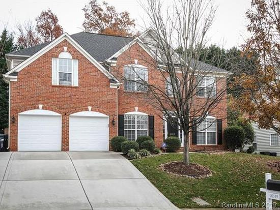 20319 Southshore Drive, Cornelius, NC 28031 (#3483130) :: The Premier Team at RE/MAX Executive Realty