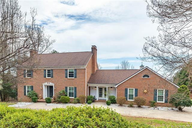 318 La Foret Drive, Morganton, NC 28655 (#3483391) :: Robert Greene Real Estate, Inc.