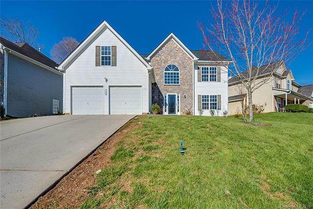 5005 Eagle Creek Drive, Charlotte, NC 28269 (#3483530) :: Exit Mountain Realty
