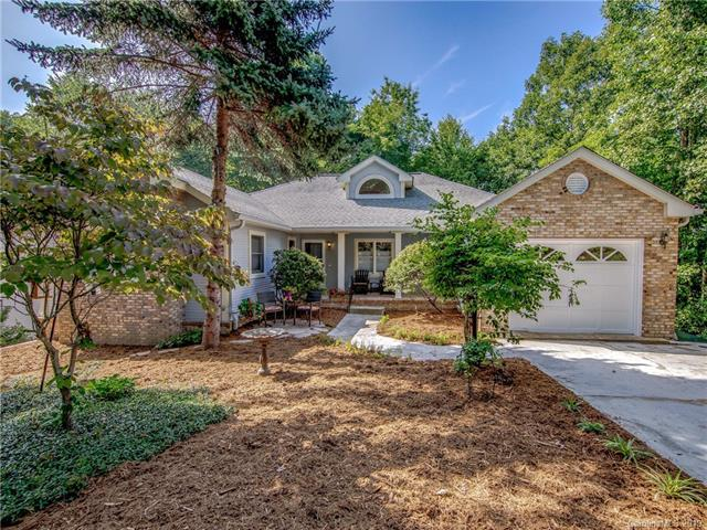 130 Jenny Lind Drive, Hendersonville, NC 28791 (#3483712) :: LePage Johnson Realty Group, LLC
