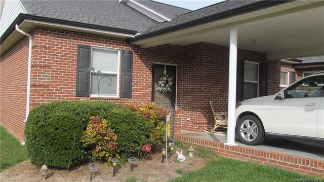 6277 Iris Court, Denver, NC 28037 (#3483977) :: The Premier Team at RE/MAX Executive Realty